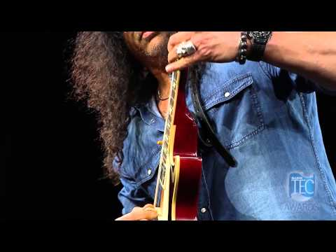 Slash performs Safari Inn at the 30th Annual 2015 NAMM/TEC Awards