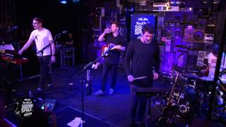 Alt-J - Hunger Of The Pine [Live at The KROQ Red Bull Sound Space]