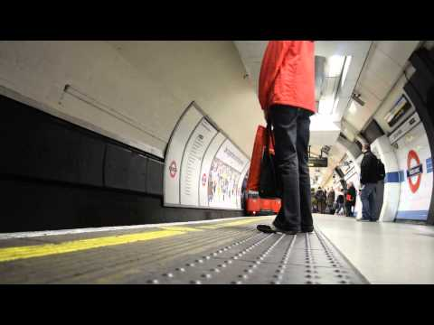 20 Minuets with the Piccadilly line at Green Park