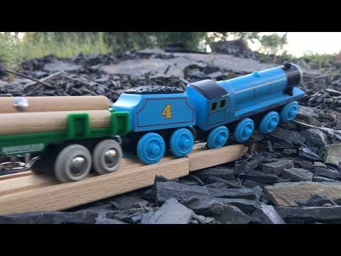 Thomas & Friends: Slow Motion Crashes and B Roll 11 + HO Trains