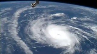 """Под напором урагана """"Дэнни"""" цена на нефть может взлететь"""