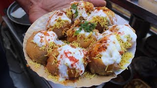 MOUTHWATERING DAHI PURI and DELICIOUS SAMOSA CHAAT EVER | Indian Street Food