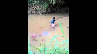 Cara berburu Biawak