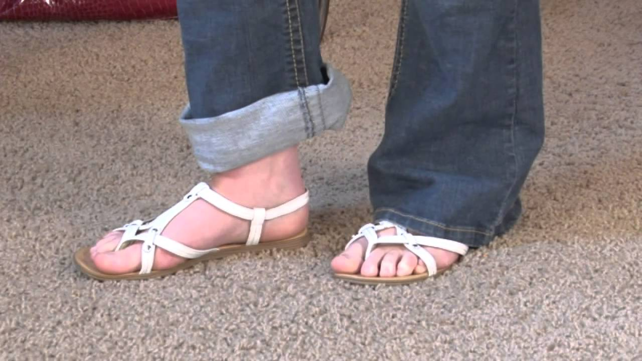698a3a2eb The Best Thong Sandals - YouTube
