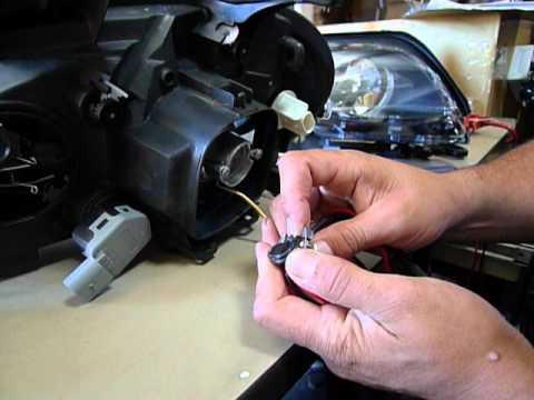 Headlight repalcement mercedes w163 ml230 ml320 ml350 m for Mercedes benz ml350 headlight bulb