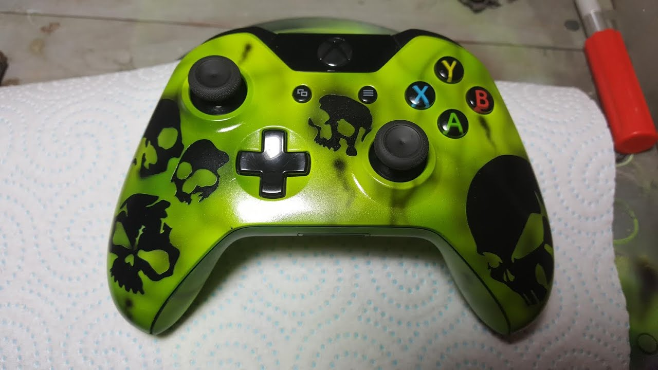 CUSTOM PAINTING A XBOX ONE CONTROLLER - YouTube