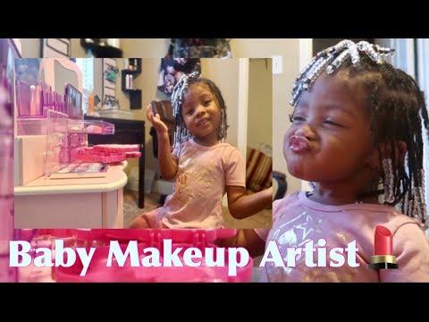 Baby Makeup Artist: JAceys' New Makeup Vanity