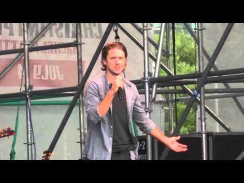 Laura Osnes (Ft. Aaron Tveit) - Falling Slowly (Once) (Live @ Elsie Fest 2015)