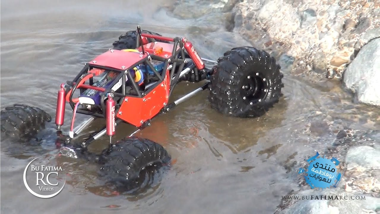 rc crawler gmade r1 crossing river with waterproof steering servo