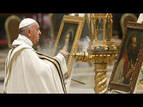 Phụng Vụ trọng thể khai mạc Tháng Truyền Giáo Ngoại Thường tại Đền Thờ Thánh Phêrô