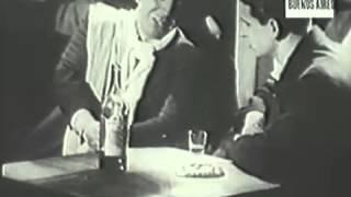 TOMO Y OBLIGO - tango. Carlos Gardel — en Las luces de Buenos Aires (1931)
