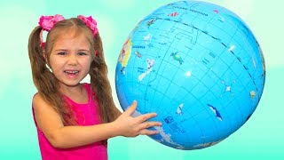 Learn colors with Julia and Diana funny girls