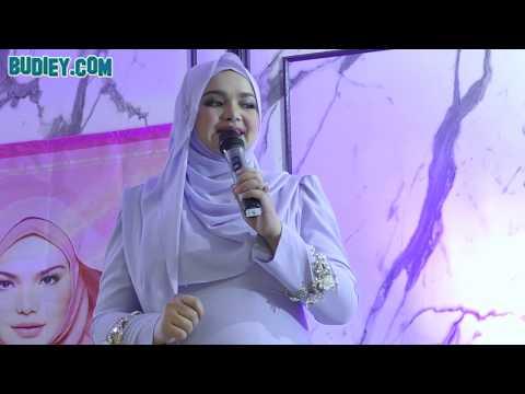 DATO' SRI SITI NURHALIZA Nyanyi Lagu COMEL PIPI MERAH di Sitizone14