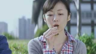 出演者:理絵 野地将年 篇 名:「散歩」篇 商品名:チョコレート効果 企...