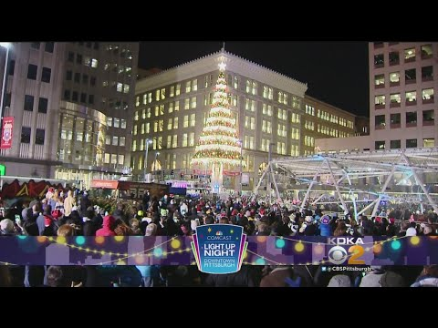 Holiday Season Kicks Off Downtown With Thousands Of Revelers