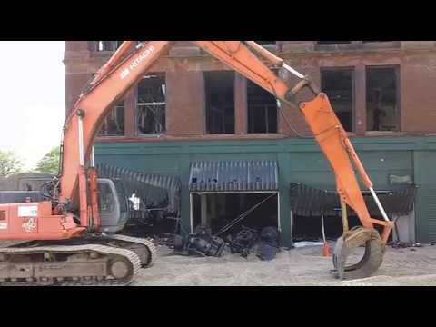 Rockford, Illinois   Hanley Furniture Co (July 1, 2017) Preparing For  Demolition