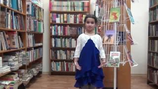 """Ахмедова Зарина, 7 лет. Читает произведение С.Есенина -""""Берёза"""""""
