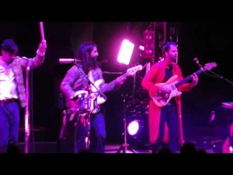 """Young The Giant 