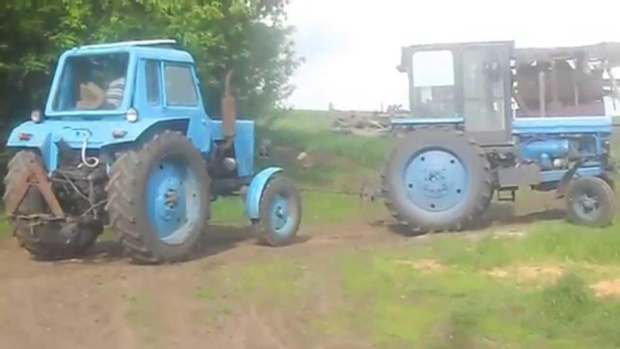 Трактор Т 28. Пахота огорода самодельным плугом. - YouTube