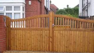 "Wooden Gates And Garage Doors By ""wooden Gate Makers"""