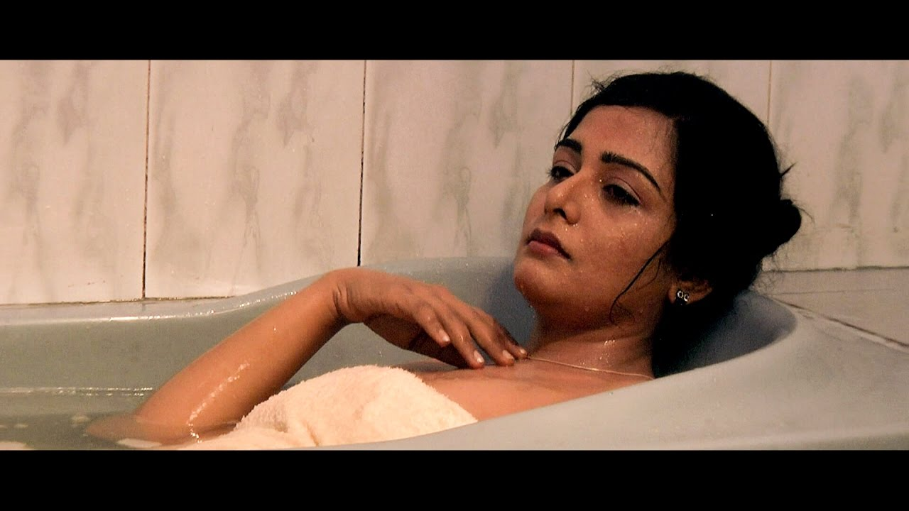 Hot Scene Malayalam Hot Movie Scenes Malayalam Movie Malayalam Actress Navel Youtube