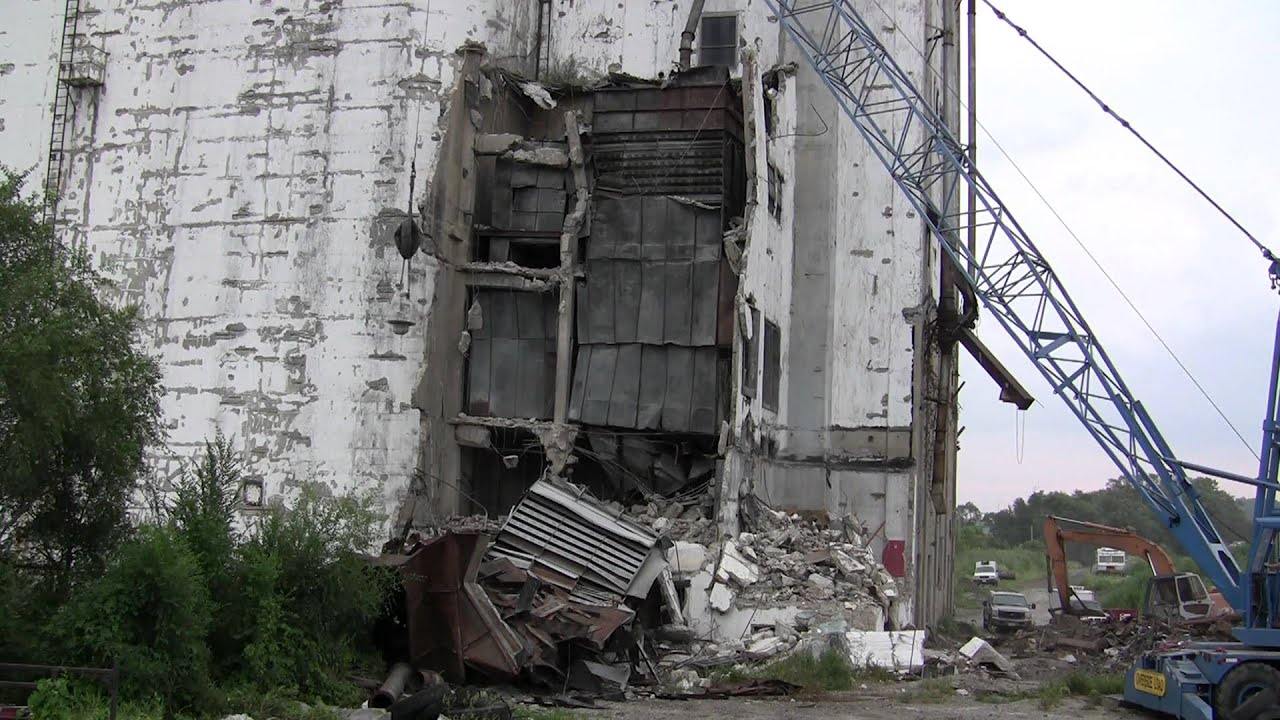 Wrecking Ball Demolition : Demolition of a concrete silo dryer with wrecking ball