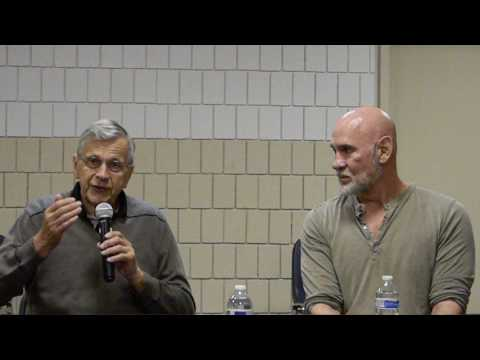 Mitch Pileggi William B Davis panel Crypticon 2017 St Joseph MO Sat 715