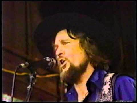 Waylon Jennings - Luckenback Texas
