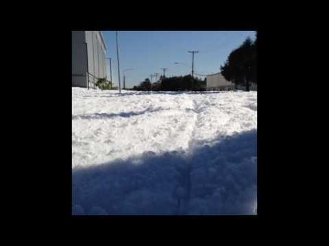Malfunction in Airport Hangar Covers Santa Clara in Giant Cloud of Foam