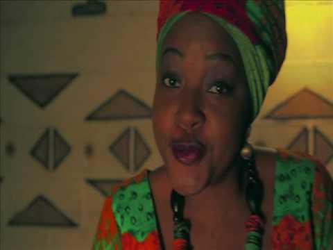 Umutende Esther Namunga ft Angela Nyirenda