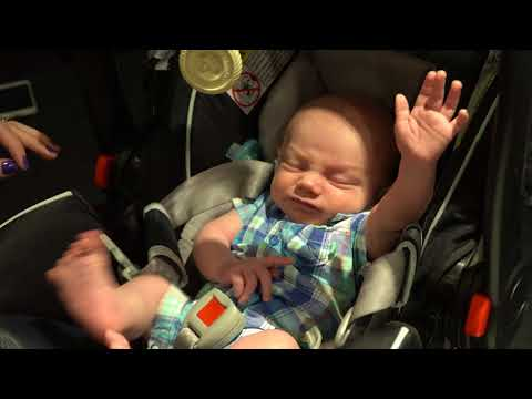 Waking a Sleeping Baby - the cutest thing ever!