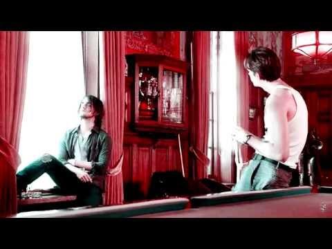 ► Peter & Roman  Blue Blood
