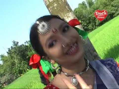 Download Bapoi Changrare (বাপই চেংরারে) | Bangla Old Song | Singer: Taposhi