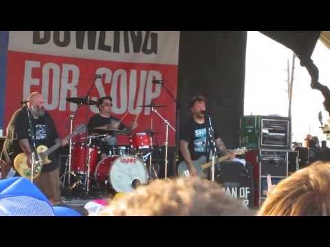 Bowling For Soup - The Bitch Song at Vans Warped Tour '13