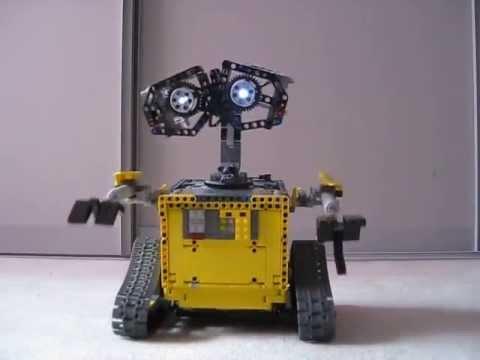 LEGO Wall e - YouTube