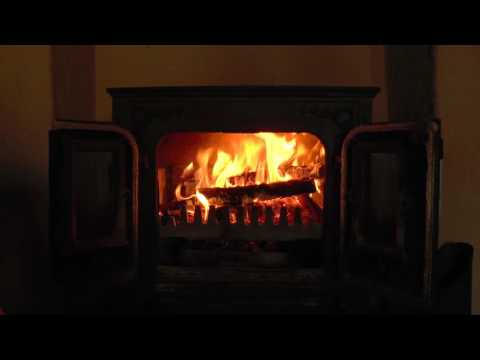 Beautiful Old Wood Burning Stove with Crackling Fire Sounds (HD)