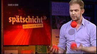Timo Wopp jongliert mit der Politik   Spätschicht