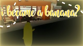 I DRESSED UP AS A BANANA AND WENT TO DUNKIN DONUTS? || Bloxburg || Gamer Goddess