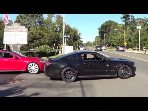 Incredible Supercharged Mustang 5.0 GT DRIFT and fast acceleration