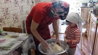 Хлеб бабушки Вали и внучки Ксюши