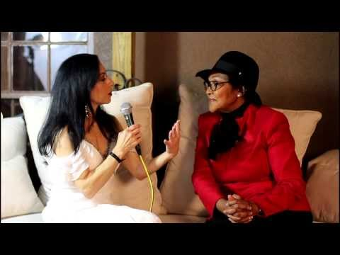 Lisa petrilli interviews felicia mabuza suttle at to be a woman book ...