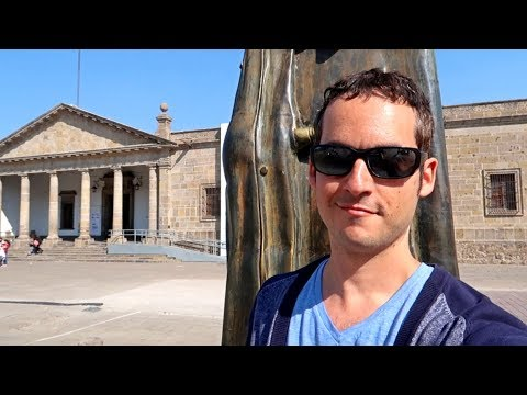 GUADALAJARA IS AMAZING ! Historical Center Walk - (Mexico Travel Vlog)