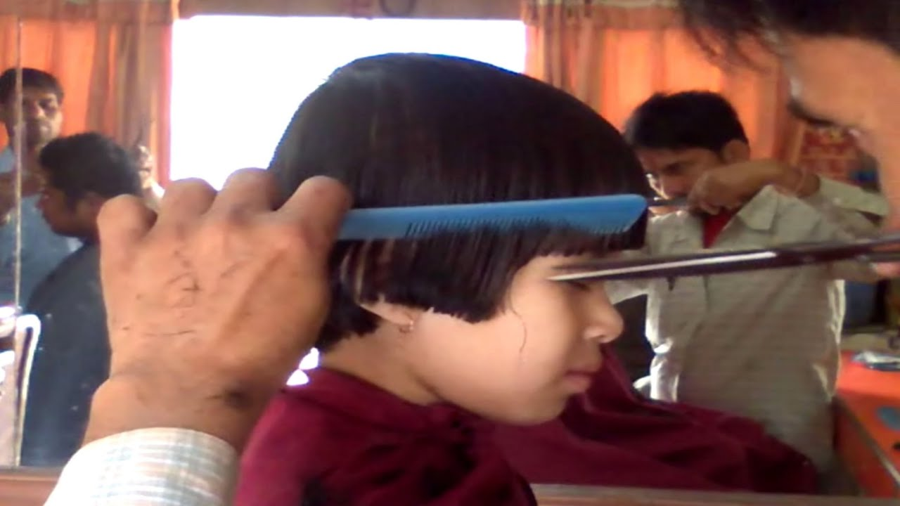 Hair Style U Cut: Prathysha Having A Hair Cut