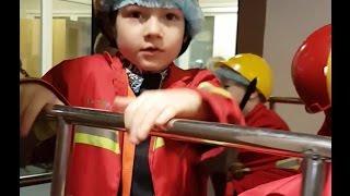 Бардашный Коля работает пожарным Кидбурге часть 4 Город Профессий