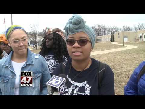 'I felt disrespected:' Student asked to take off head wrap, school apologizes