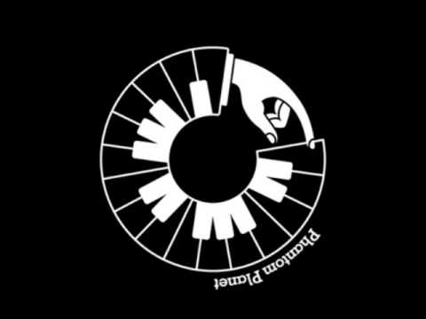 Mark Ronson Feat Alex Greenwald - Just (Radiohead Cover)