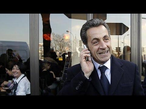 """Sarkozy fala de métodos da """"Stasi"""" em França"""