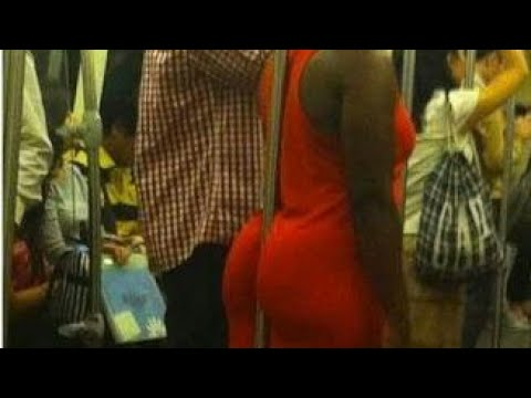 Man Touch Young Girl Back Part In Metro Very Funny- Don't Try To Laugh After Watch That Video