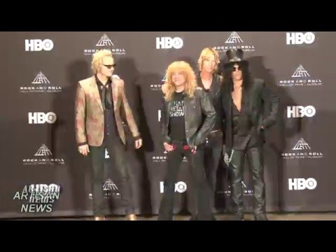 GUNS N' ROSES REUNION IN FULL SWING AS SLASH AND DUFF ARE BACK? Mp3