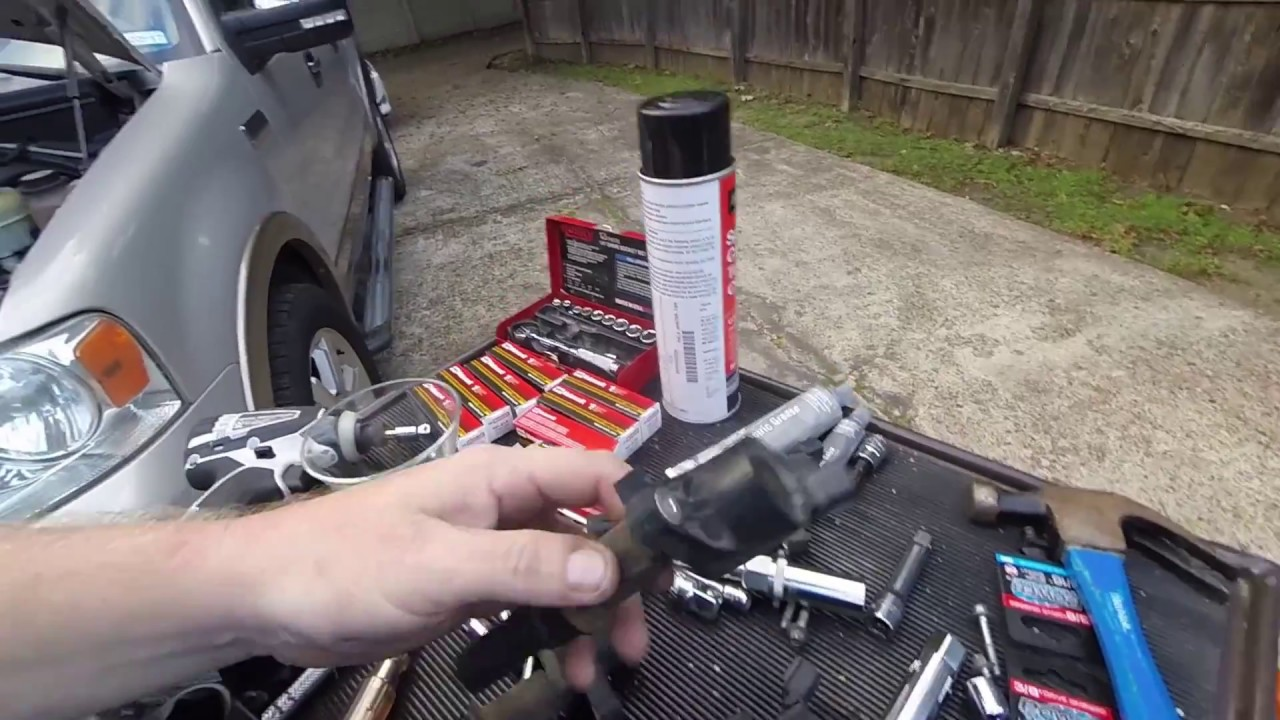 When To Replace Spark Plugs >> 2006 Ford F 150 Lariat 5 4l Replace the Spark Plugs - YouTube